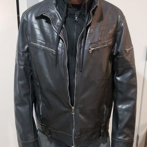 Mens faux Leather jacket - Like New